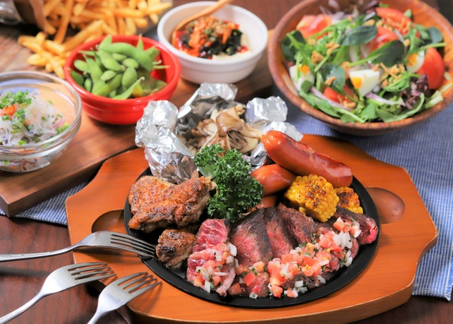 大好評! 「Aloha Table」 の厳選肉盛りBBQプラン。